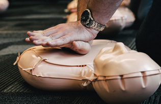 CPR on manikin