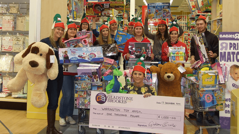 Toys-r-us christmas charity
